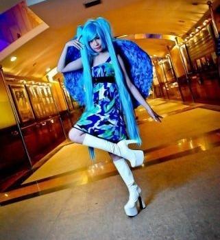 myrtle_sarrosa_cosplay_gallery-12