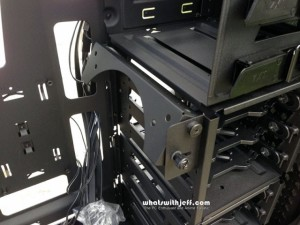 NZXT Source 530 Swivel Fan Bracket