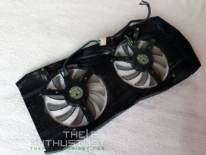 Asus Radeon R9270X-DC2T-2GD5 Review-09